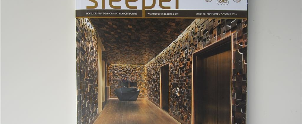 "SLEEPER Nº50 (UK) ""The drawing board"". pp 14-15. (Sep_13)."
