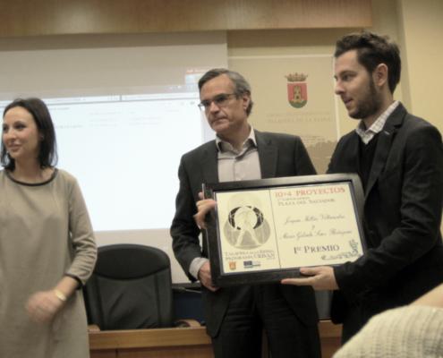 PREMIO. (España). OOIIO gana 1er premio.