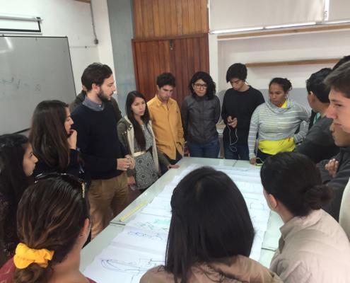 TEACHING. (Ecuador). Seminar at the Iberoamerican Architectural Bienniale. Cuenca, Ecuador.