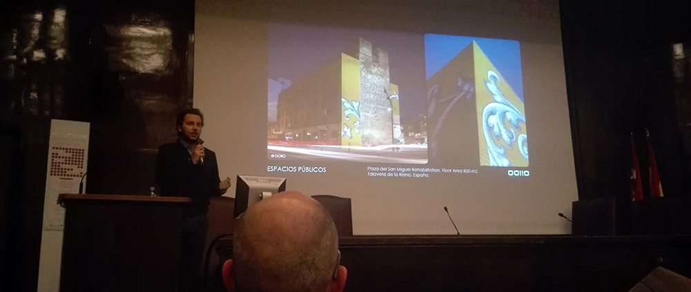LECTURE. (Spain). At the VI International Ceramics and Architecture Congress.