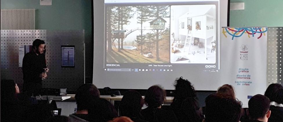 Conferencia OOIIO Escuela de Arte de Guadalajara